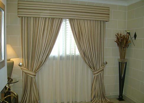 curtains-blinds-3